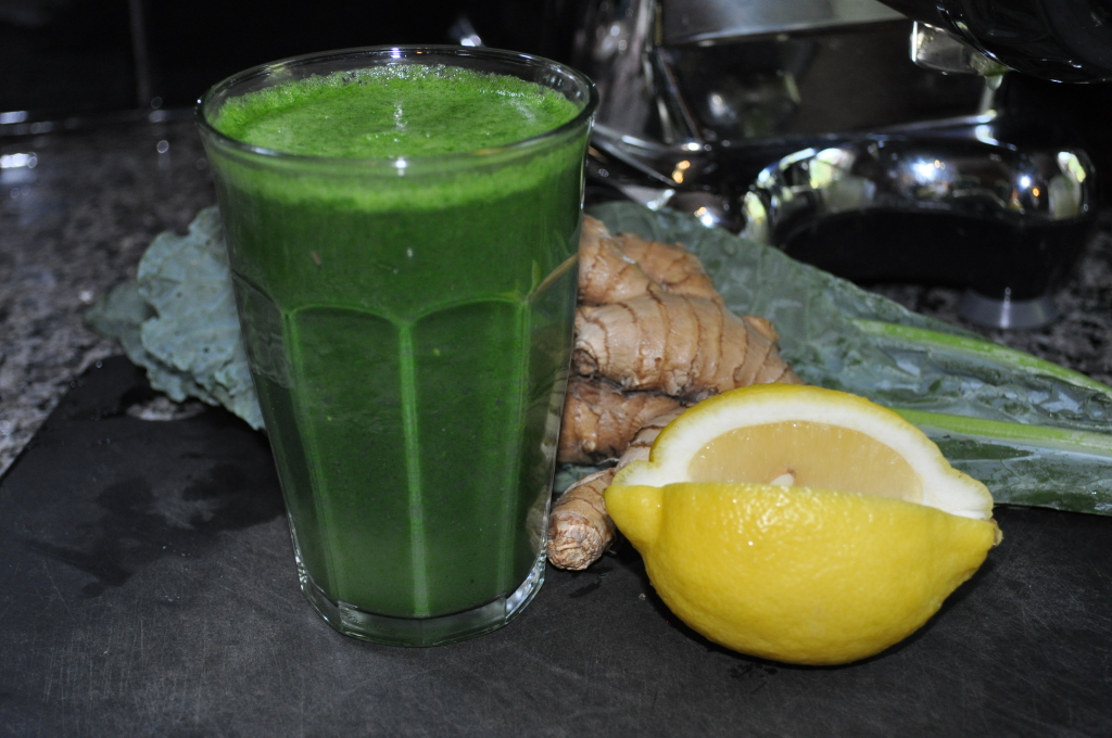 Green juice with kale, lemon, celery and ginger
