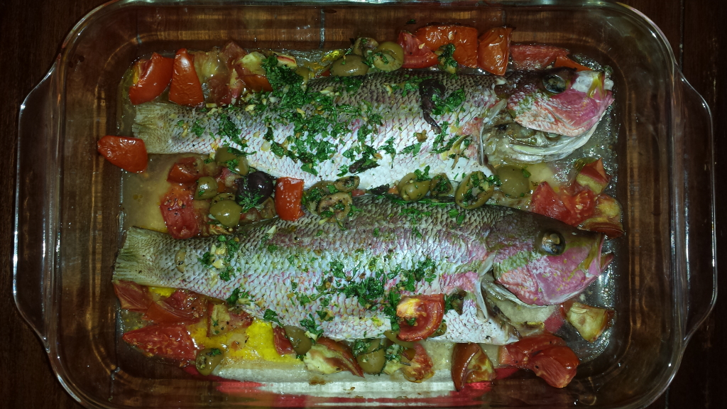 roasted yellowfin with tomatoes and olives_whole